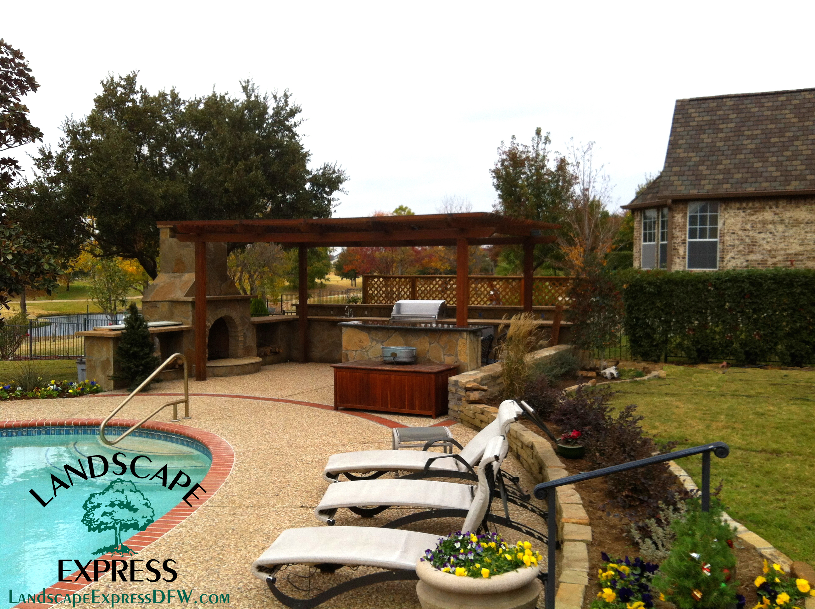 Landscape express custom landscaping design for Custom landscape design